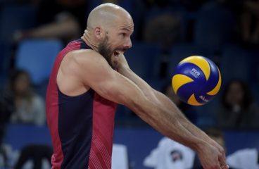 La pallavolo maschile degli Stati Uniti non ha una lega professionistica, ma ha l'occhio sull'oro olimpico