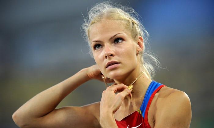 """L'atleta russo ha marchiato un """"traditore"""" sui piani per competere sotto bandiera neutrale a Rio"""