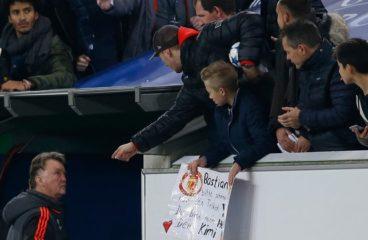 I fan di Old Trafford danno a Mohammad Amir momenti difficili dopo l'amore del suo Signore